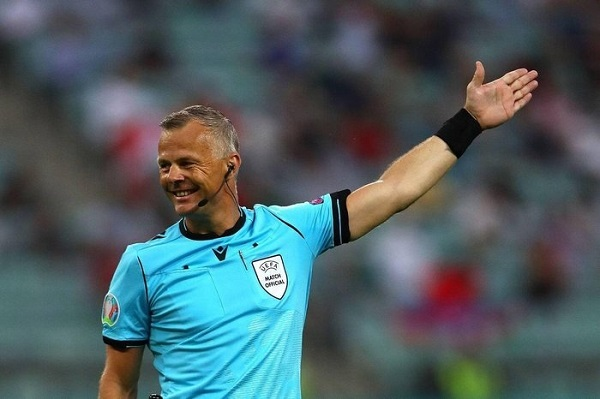 Người bắt chính trận chung kết EURO 2020: Là trọng tài giàu nhất thế giới - 1
