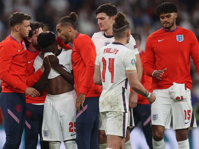 Bóng đá - Sững sờ kết quả trận Italia - Anh được nhà tiên tri dự báo 8 năm trước