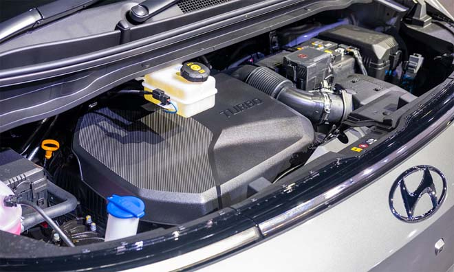 Hyundai Staria 2021 ra mắt với hai phiên bản, giá quy đổi từ 1,22 tỷ đồng - 15