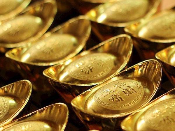 Giá vàng hôm nay 13/7: Bật tăng khi giới đầu tư lo ngại về dịch Covid-19 ngày càng phức tạp - 1