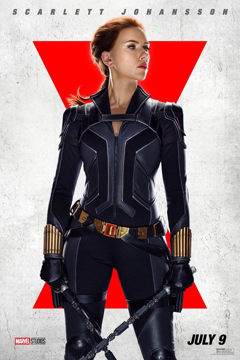 """Góa phụ đen"" Scarlett Johansson giữ dáng khắt khe - 1"