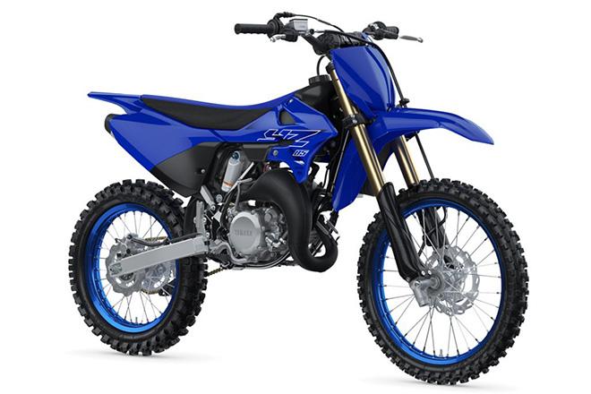 Yamaha trình làng xe 2 thì YZ85LW 2022, giá 115 triệu đồng - 1