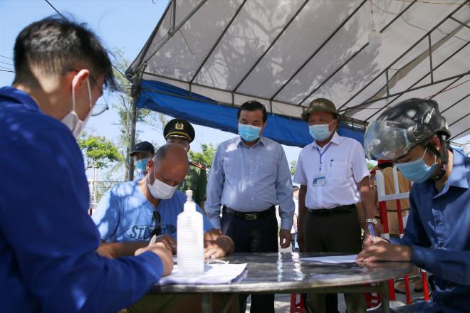 Quảng Nam - Đà Nẵng dự kiến đón hơn 10.000 người xa quê ở TP HCM, lo ăn ở miễn phí - 1