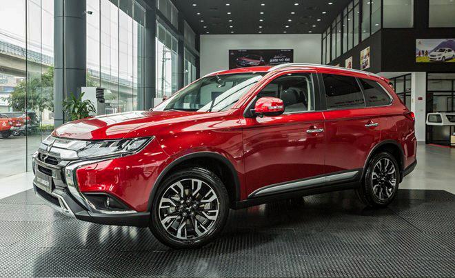 Một số đại lý giảm giá xe Mitsubishi Outlander hơn 100 triệu đồng - 6