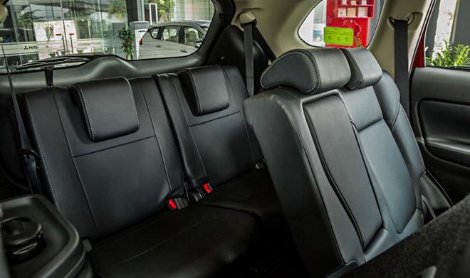 Một số đại lý giảm giá xe Mitsubishi Outlander hơn 100 triệu đồng - 9