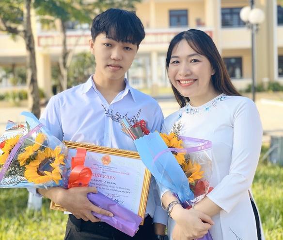 Nam sinh đầu tiên đạt điểm 10 môn văn tốt nghiệp THPT 2021, được tuyển thẳng vào ĐH Ngoại thương - 1