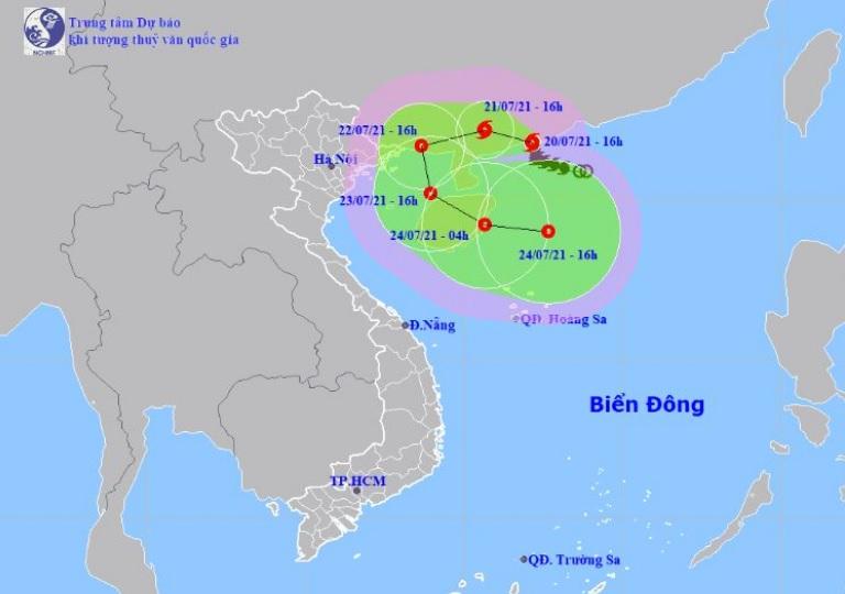 Bão số 3 Cempaka rất mạnh, gió giật cấp 14 đang đổ bộ vào Trung Quốc - 1