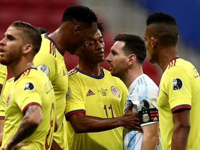 """Messi nổi máu """"sân si"""" chọc tức đồng đội cũ đá hỏng 11m, bị đáp trả bất ngờ - 1"""