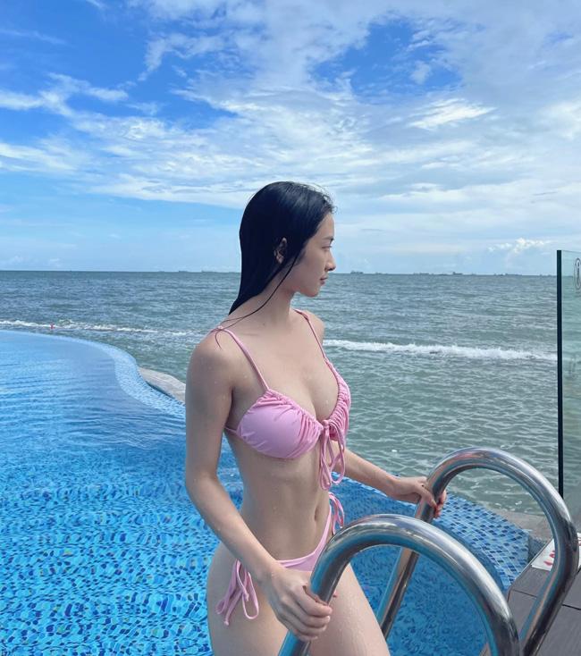 Chỉ sau vài tiếng đăng ảnh, chia sẻ của Jun Vũ thu hút hơn 10.000 lượt thích. Dân mạng đồng cảm với cô nàng khi rơi vào tỉnh cảnh éo le này.
