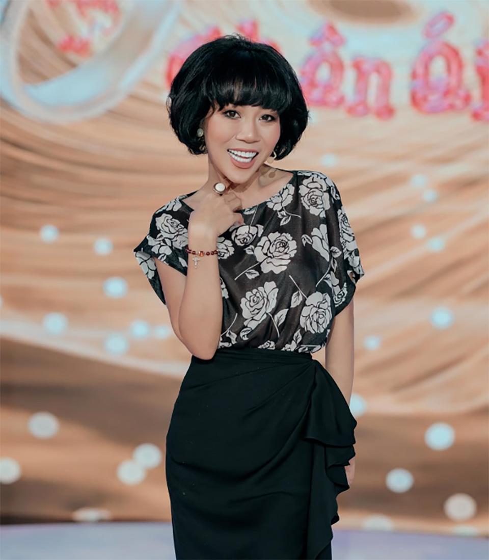 MC Trác Thuý Miêu bị sở Thông tin và Truyền thông TP.HCM phạt 7,5 triệu đồng - 1