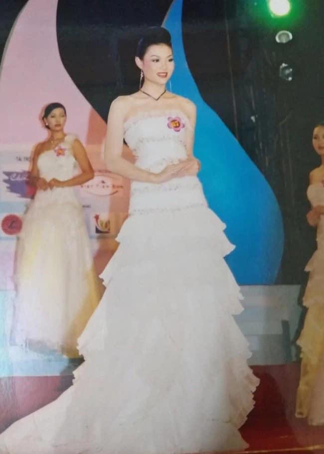 Cách đây không lâu, Thanh Hương chia sẻ hình ảnh đi thi Hoa hậu Hải Dương 2006. Khi đó, cô là thí sinh nhỏ tuổi nhất cuộc thi nhưng lại đạt danh hiệu Á hậu 1. Tuy nhiên sau cuộc thi, cô theo đuổi đam mê diễn xuất.