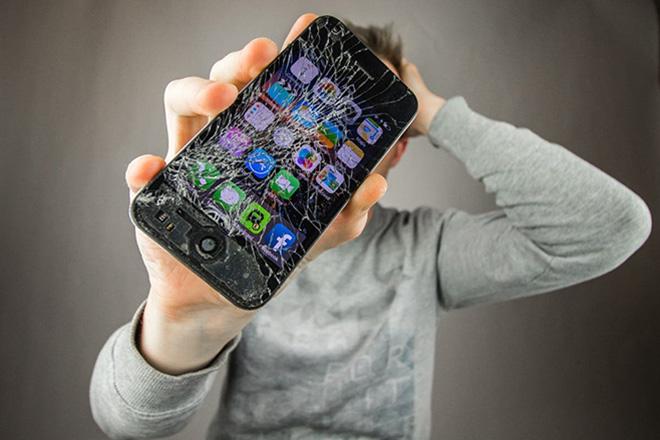 """""""Vũ khí bí mật"""" cho smartphone thành hiện thực: Kính tự phục hồi - 1"""