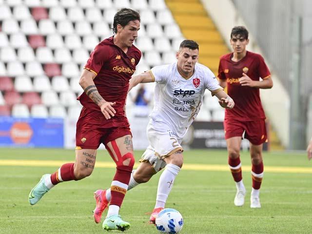 """Video Triestina - AS Roma: Thế trận một chiều, khác biệt từ """"kép phụ"""" (Giao hữu) - 1"""