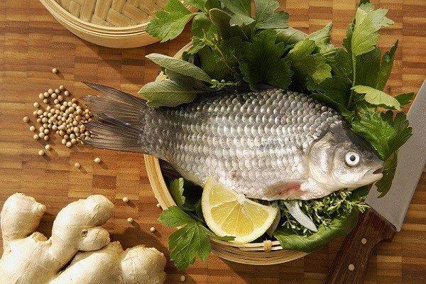 Rửa cá chỉ cần áp dụng 3 mẹo sau đảm bảo cá thơm ngon, hết sạch mùi tanh - 1