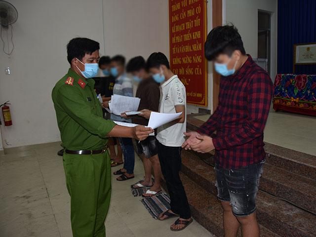 Tiền Giang: 9 thanh niên tổ chức ăn nhậu giữa dịch, bị phạt 120 triệu đồng - 1