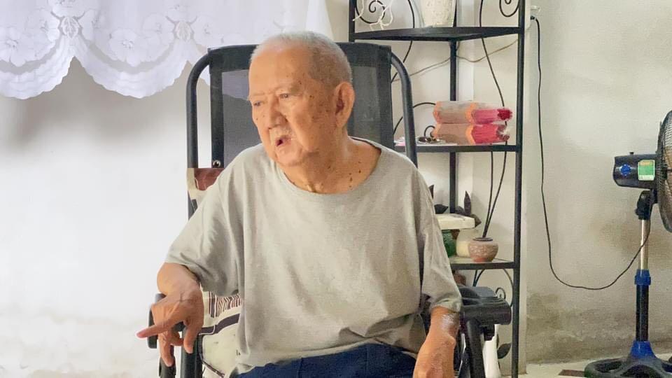"""Xót xa nghệ sĩ Việt """"mùa Covid"""": Người ăn cơm nguội cả tháng, người không dám nằm viện vì tốn kém - 1"""