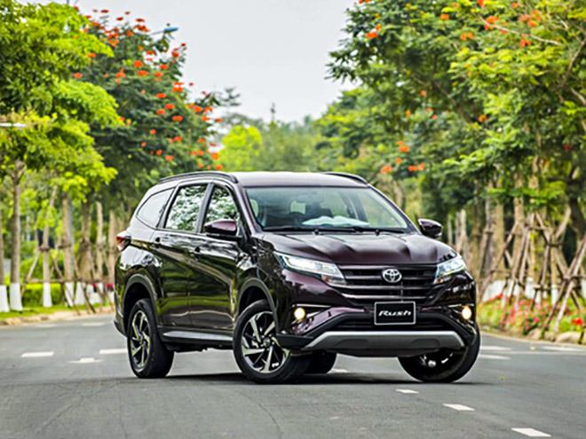 Toyota Rush có gì để cạnh tranh với các đối thủ? - 1