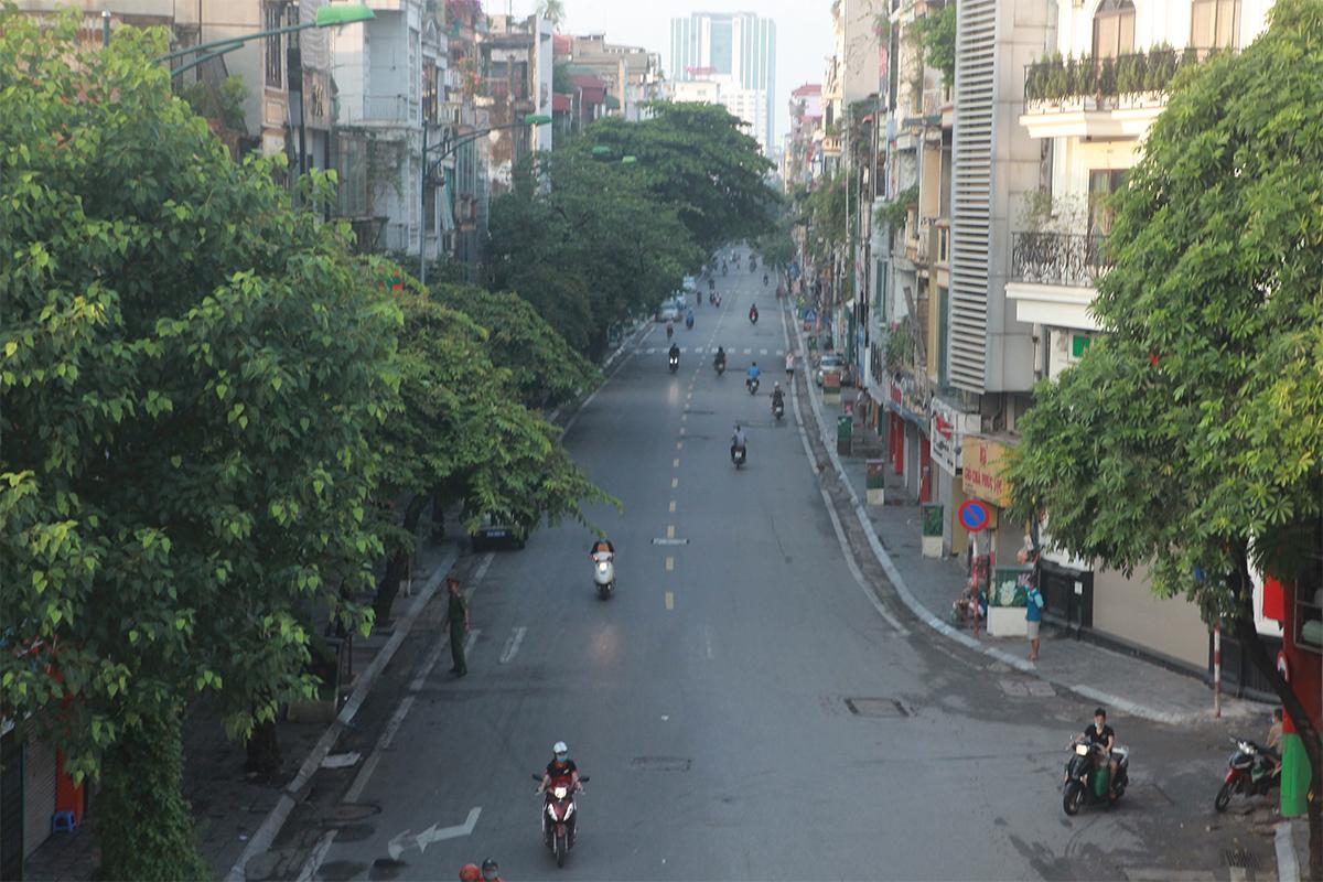 Hình ảnh phố phường Hà Nội lần thứ 2 giãn cách toàn xã hội theo Chỉ thị 16 - 13