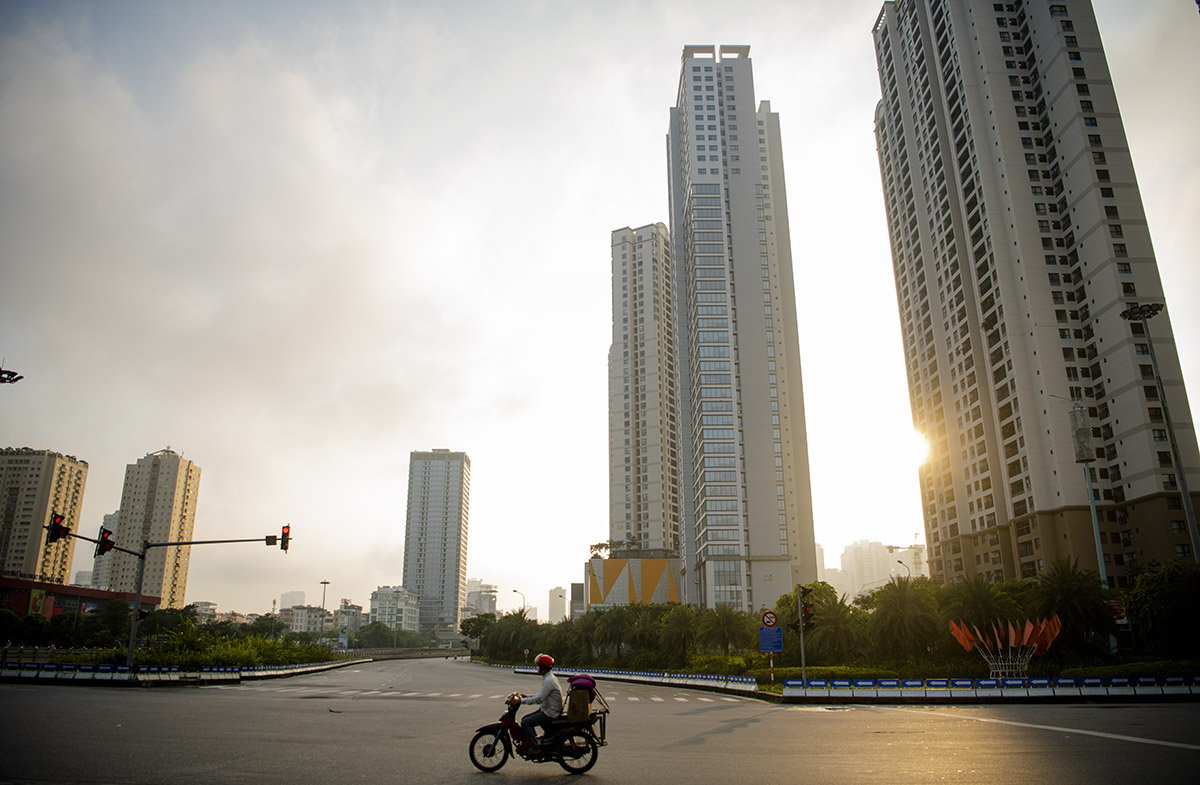 Hình ảnh phố phường Hà Nội lần thứ 2 giãn cách toàn xã hội theo Chỉ thị 16 - 21