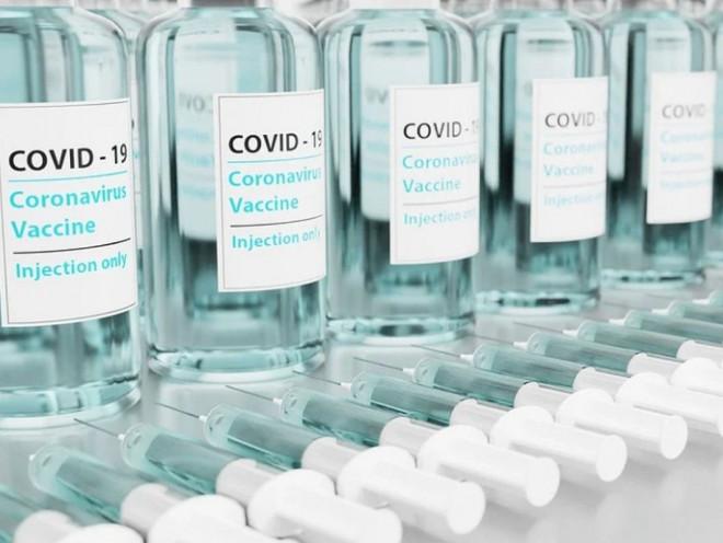 Các tình trạng y tế bác sĩ sẽ cân nhắc không tiêm vắc-xin COVID-19 - 1