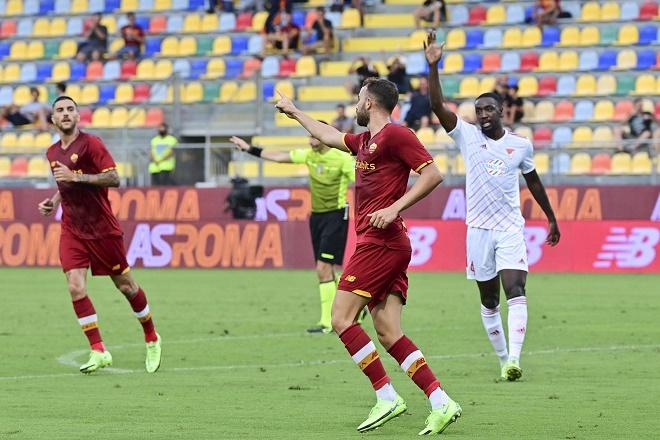 Video Roma - Debrecen: Đại tiệc 7 bàn, Mourinho thay người đẳng cấp (Giao hữu) - 1