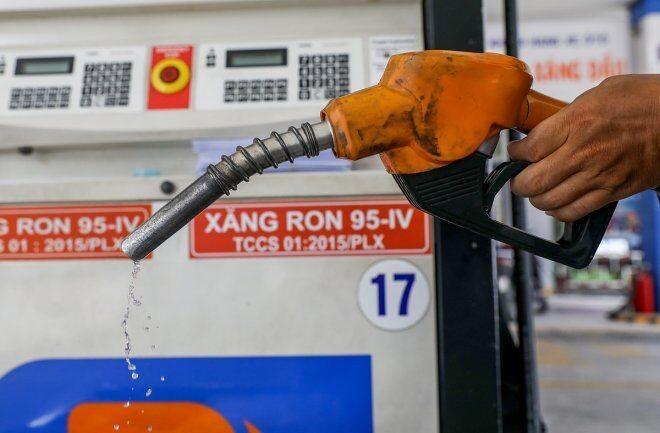 Giá xăng dầu đồng loạt giảm từ 15 giờ chiều nay 27/07 - 1