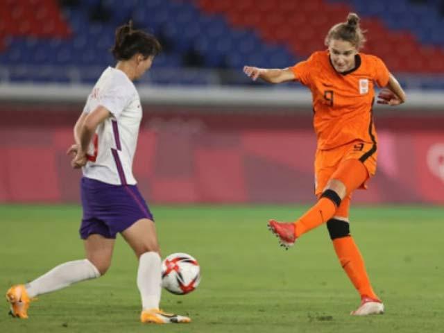 """Bóng đá nữ Trung Quốc thua 2-8 choáng váng Olympic, """"ôm hận"""" 17 lần thủng lưới - 1"""