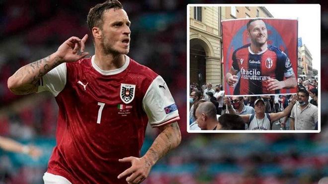 """Đội bóng Italia gây sốc, đón """"Ibrahimovic nước Áo"""" ăn mừng như vô địch Cúp C1 - 1"""