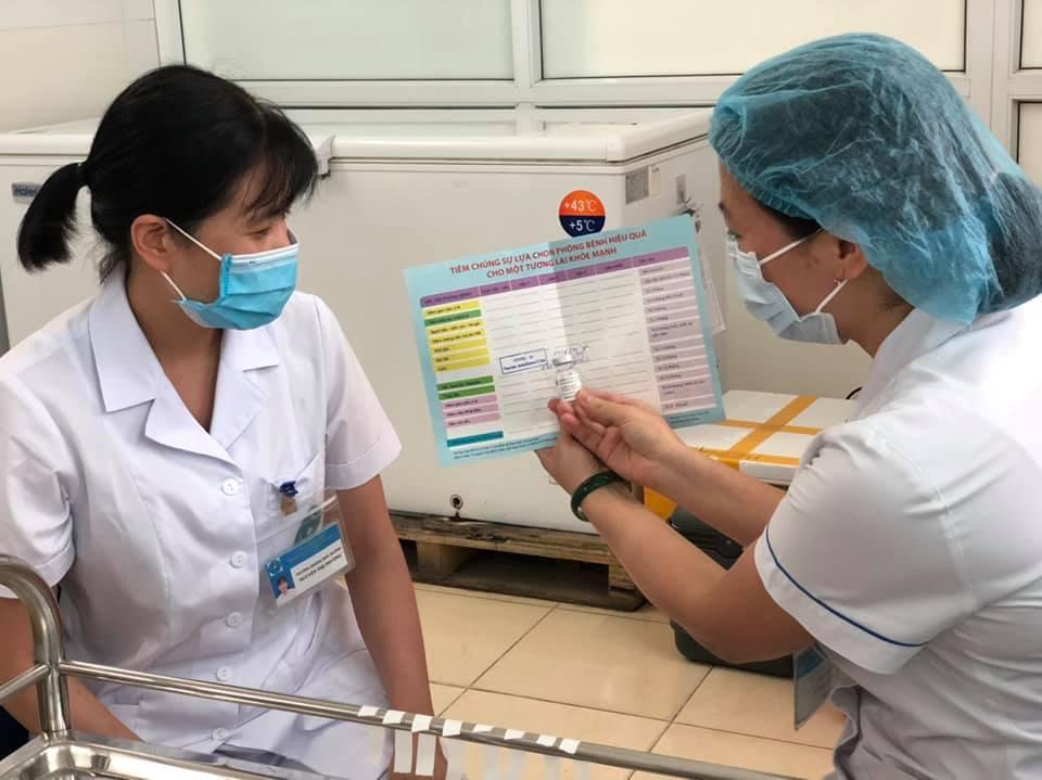 Việt Nam đã tiêm được hơn 5,3 triệu liều vắc-xin phòng COVID-19 - 1