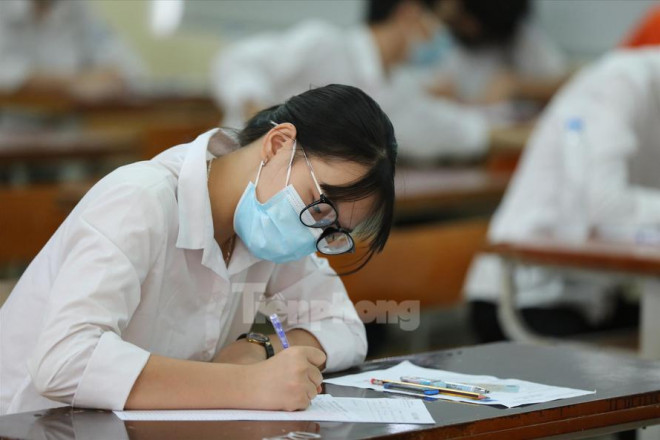 Lại đề xuất bỏ 'phao cứu sinh' xét tốt nghiệp THPT - 1