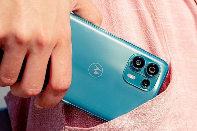 Motorola Edge 20 Lite - điện thoại cấu hình ngon, giá rẻ bất ngờ - 1