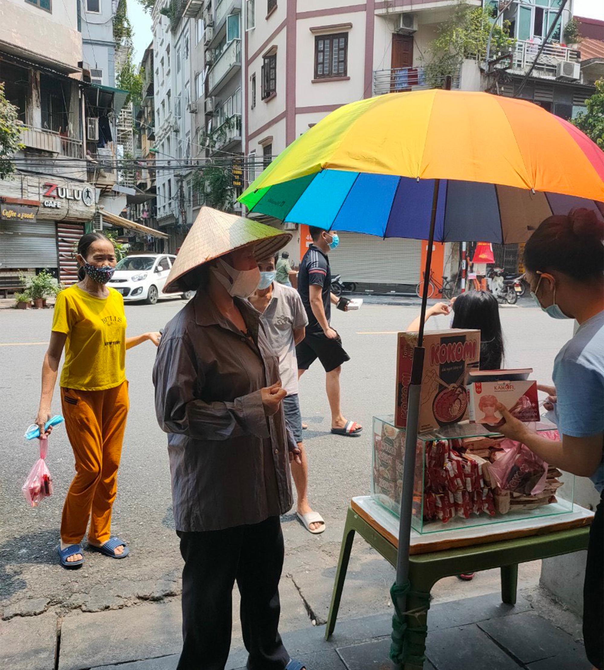 Gói mì tôm lan tỏa yêu thương của người Hà Nội giữa dịch COVID-19 - 3