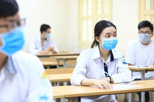 Bộ GD-ĐT điều chỉnh lịch xét tuyển đại học, cao đẳng năm 2021 - 1
