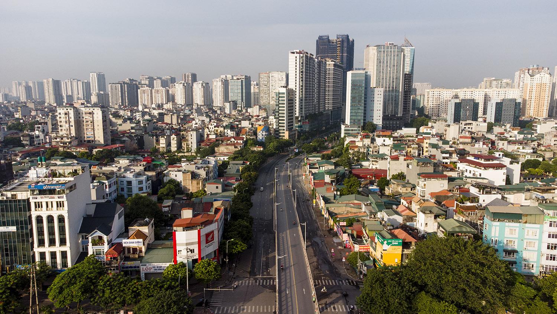 Nhìn từ trên cao đường phố Hà Nội trong buổi sáng ngày thứ 8 giãn cách xã hội - 10