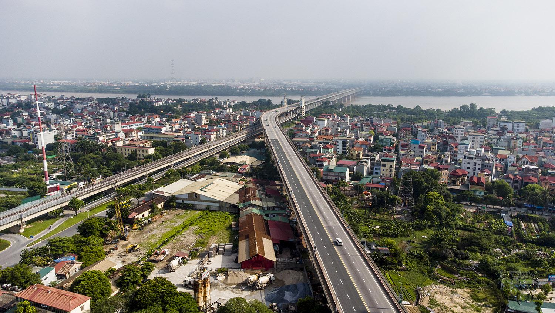 Nhìn từ trên cao đường phố Hà Nội trong buổi sáng ngày thứ 8 giãn cách xã hội - 7