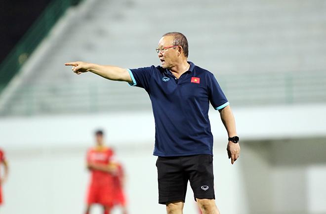 Tuyển thủ Việt Nam muốn thắng ĐT Trung Quốc, thầy Park phản ứng bất ngờ - 1