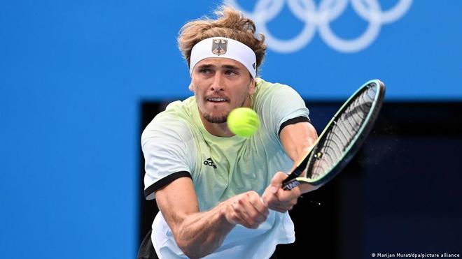 Video tennis Zverev - Khachanov: Chóng vánh 2 set, kỳ tích lịch sử (Chung kết Olympic) - 1