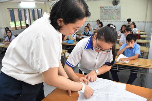 TP HCM chuẩn bị xét tuyển lớp 10 - 1