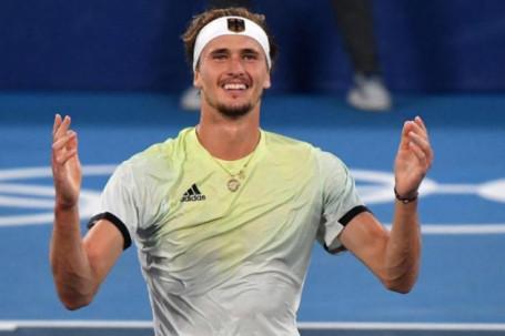 """Tin mới nhất Olympic tối 1/8: Zverev """"cạn lời"""" sau khi giành tấm HCV môn quần vợt"""