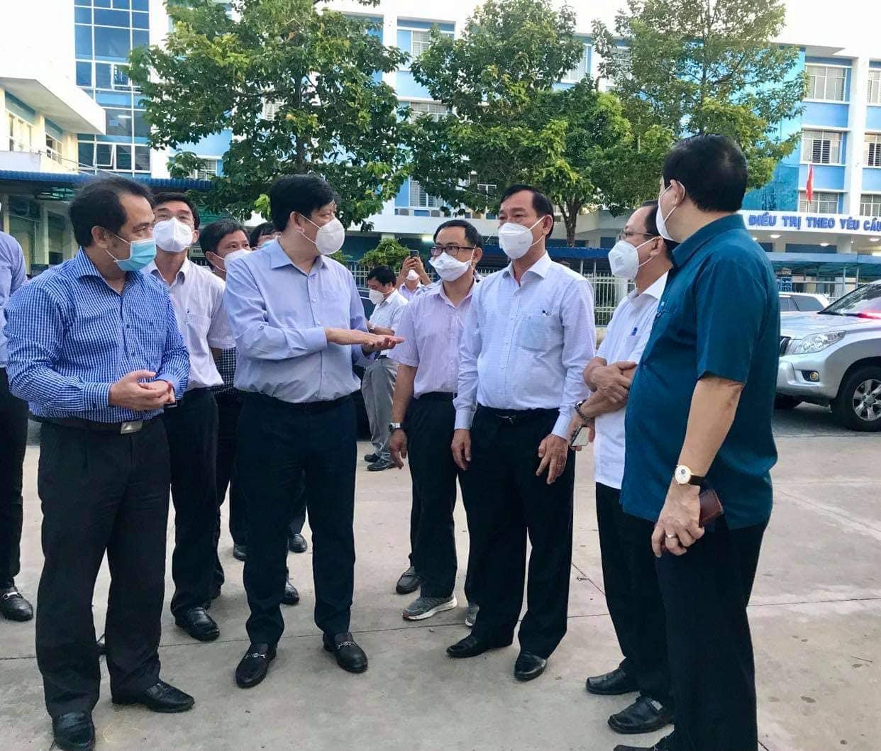 Bộ Y tế cử chuyên gia đầu ngành tới Tiền Giang hỗ trợ chống dịch - 1