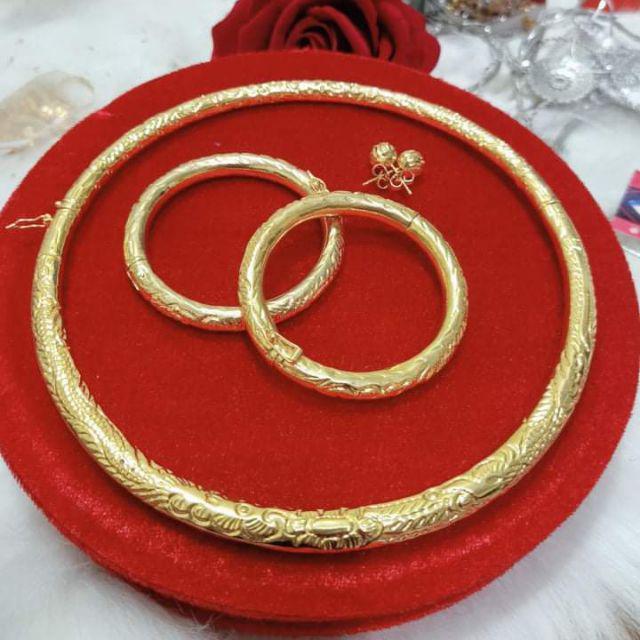 Chưa cưới đã được mẹ chồng trao cho chục cây vàng, 2 sổ đỏ, cô dâu vẫn đùng đùng hủy hôn - 1