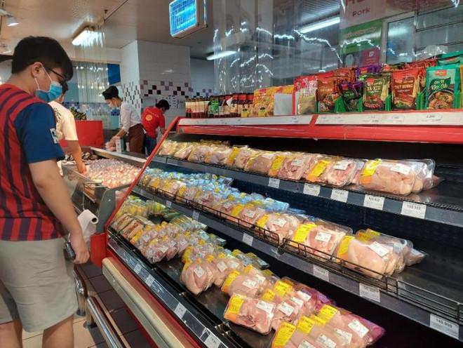 Sau khi 23 siêu thị, cửa hàng đóng cửa: Thị trường Hà Nội ra sao? - 1