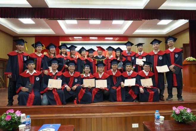 Toàn cảnh điểm sàn Đại học Quốc gia Hà Nội - 1