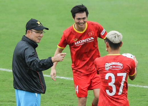 HLV Park Hang-seo bác bỏ tin đồn dẫn dắt tuyển Thái Lan - 1