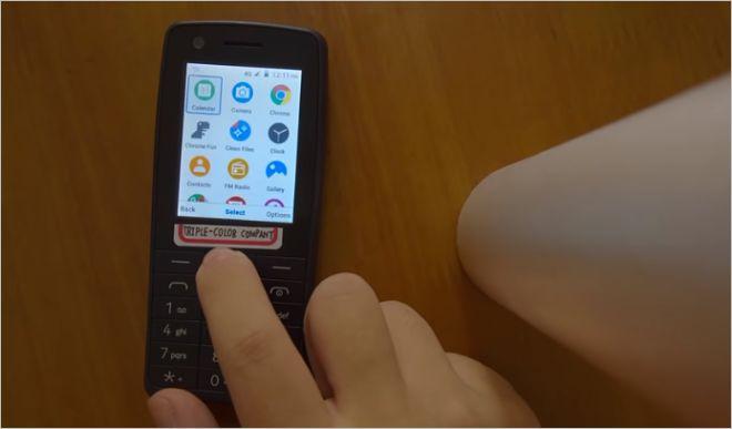 """Độc đáo Nokia 400 """"cục gạch"""" chạy... Android - 1"""