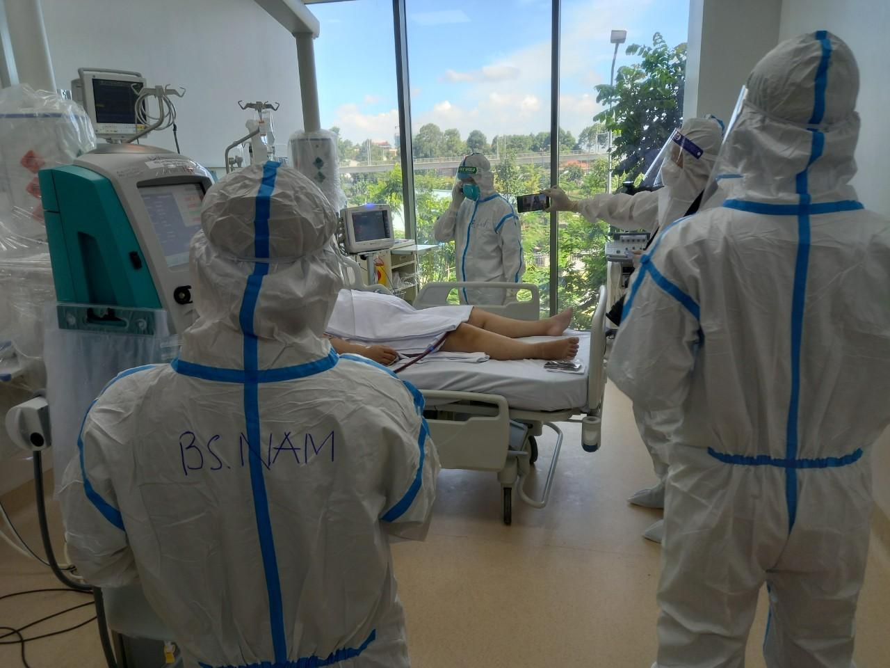 Bệnh viện Hồi sức COVID-19 TP.HCM đã có 500 giường đi vào hoạt động - 1