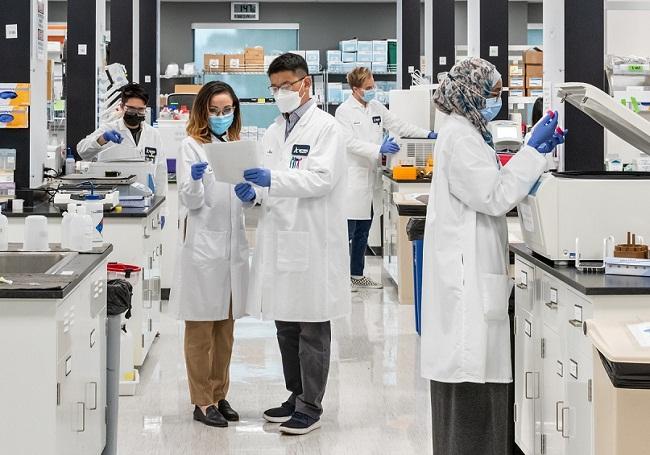 Vingroup dự kiến xuất xưởng lô vắc xin phòng Covid-19 đầu tiên vào đầu năm 2022 - 1