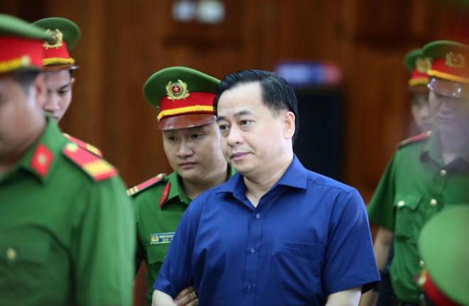 """Vụ truy tố Nguyễn Duy Linh tội nhận hối lộ: Khối tài sản """"khủng"""" của thầy phong thuỷ - 1"""