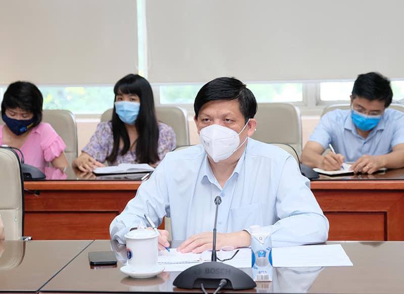 Bộ trưởng Y tế: Việt Nam rất cần thêm nguồn cung ứng vắc-xin trong bối cảnh dịch COVID-19 diễn biến phức tạp - 1