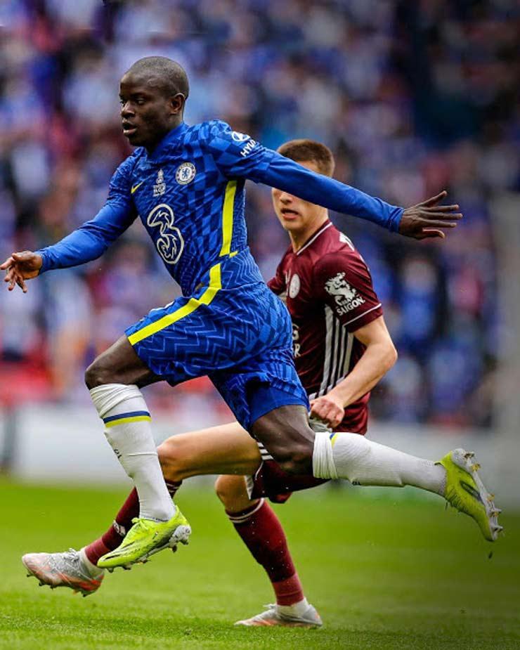 Ngoại hạng Anh khai mạc: Chelsea - Vua châu Âu có hạ bệ được Man City để vô địch? - 1